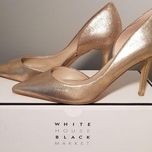 White House Black Market Gold Pumps 7.5M